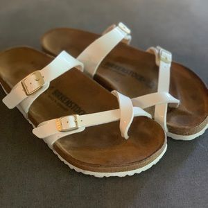 Birkenstock Mayari patent leather white
